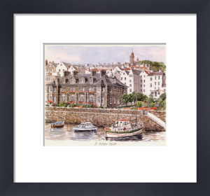 St Peter Port by Glyn Martin